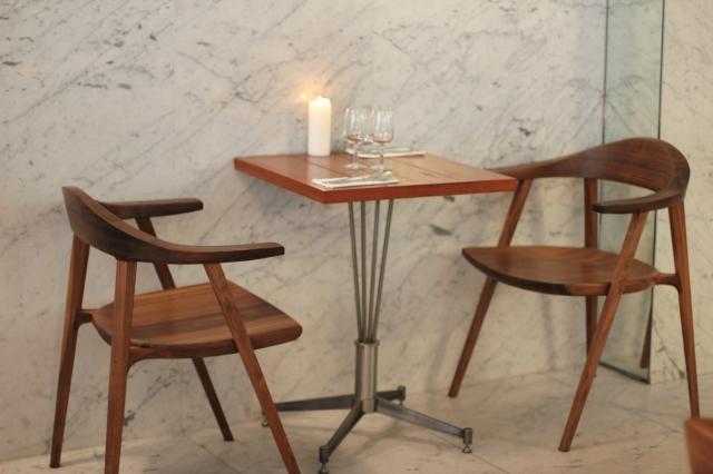 le dauphin restaurant paris table for two