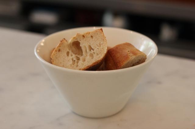 le dauphin restaurant paris bread bowl