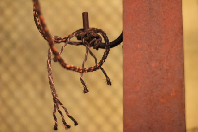 hangman on a string