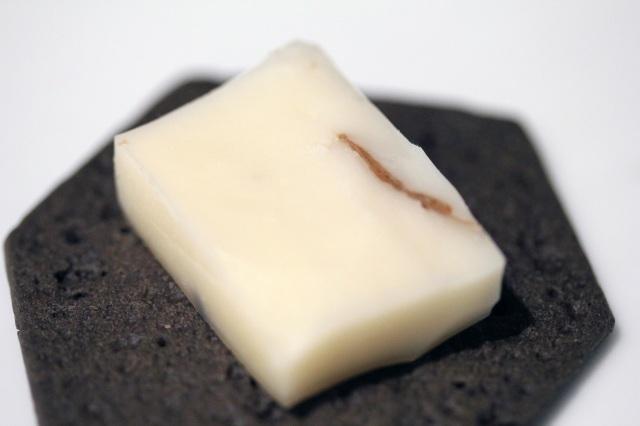 sottocenere al tartufo cheese with charcoal cracker