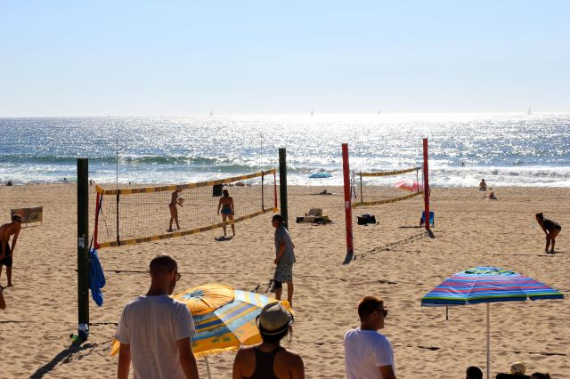 manhattan beach volley ball